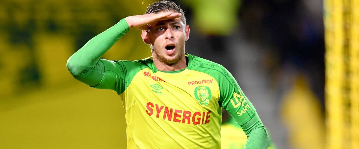 Photo de Un avion emportant l'attaquant Emiliano Sala disparu