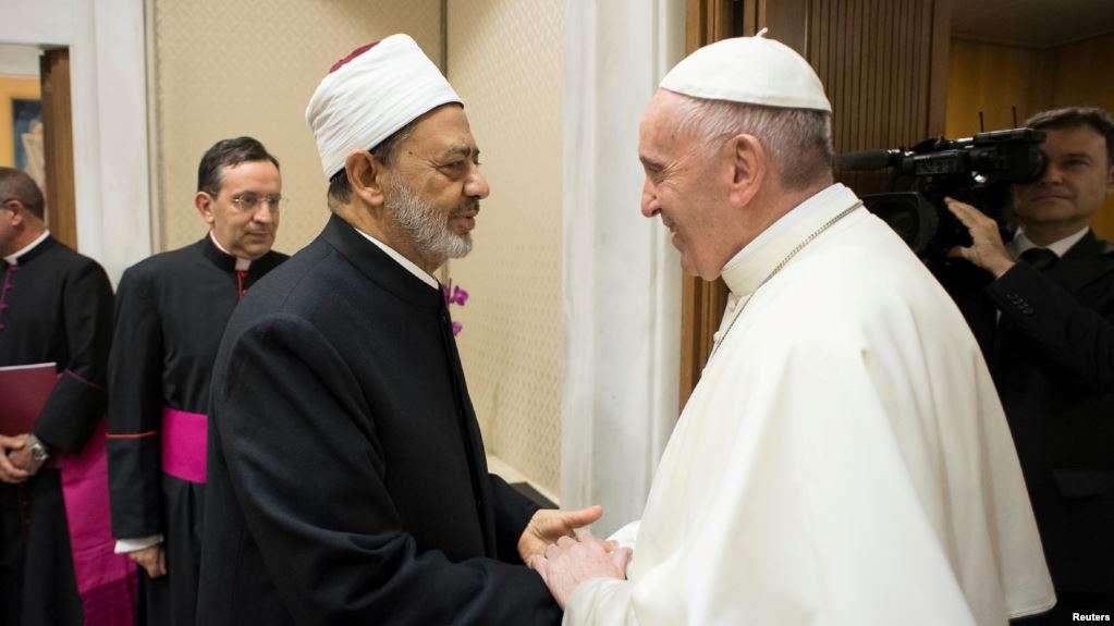 Photo de Le pape et l'imam d'Al-Azhar appellent à la fraternité et à la liberté de croyance