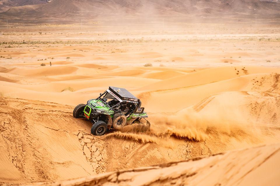 Photo de L'Afriquia Merzouga Rally sur les chapeaux de roues