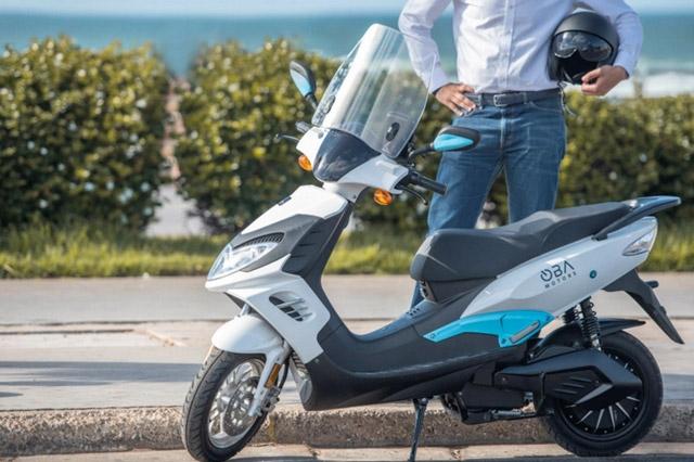 Photo de OBAMOTORS lance son premier scooter électrique destiné aux professionnels