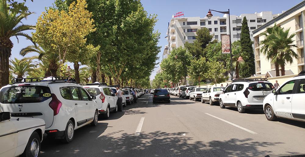 Photo de A Fès, les chauffeurs de grands taxis fulminent