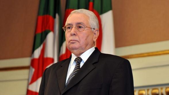 Photo of Algérie : Abdelkader Bensalah aurait été évacué en urgence à l'hôpital