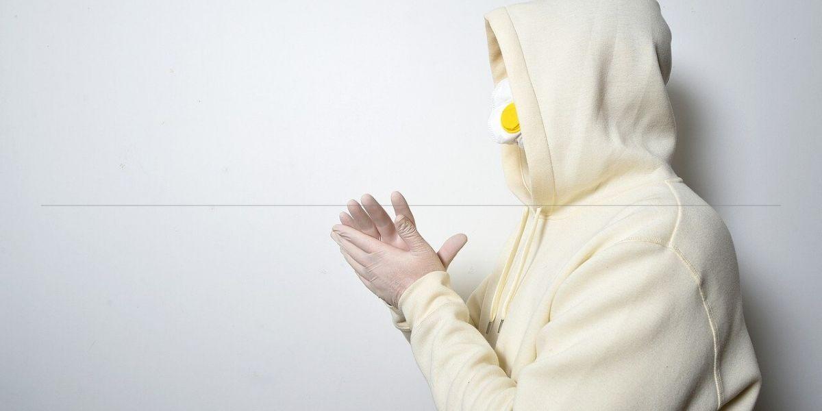 Photo of Etude: le coronavirus peut être projeté jusqu'à 4 mètres d'un patient