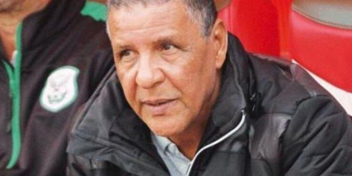 Photo of Coronavirus : le DHJ se sépare de son entraîneur bloqué en Algérie