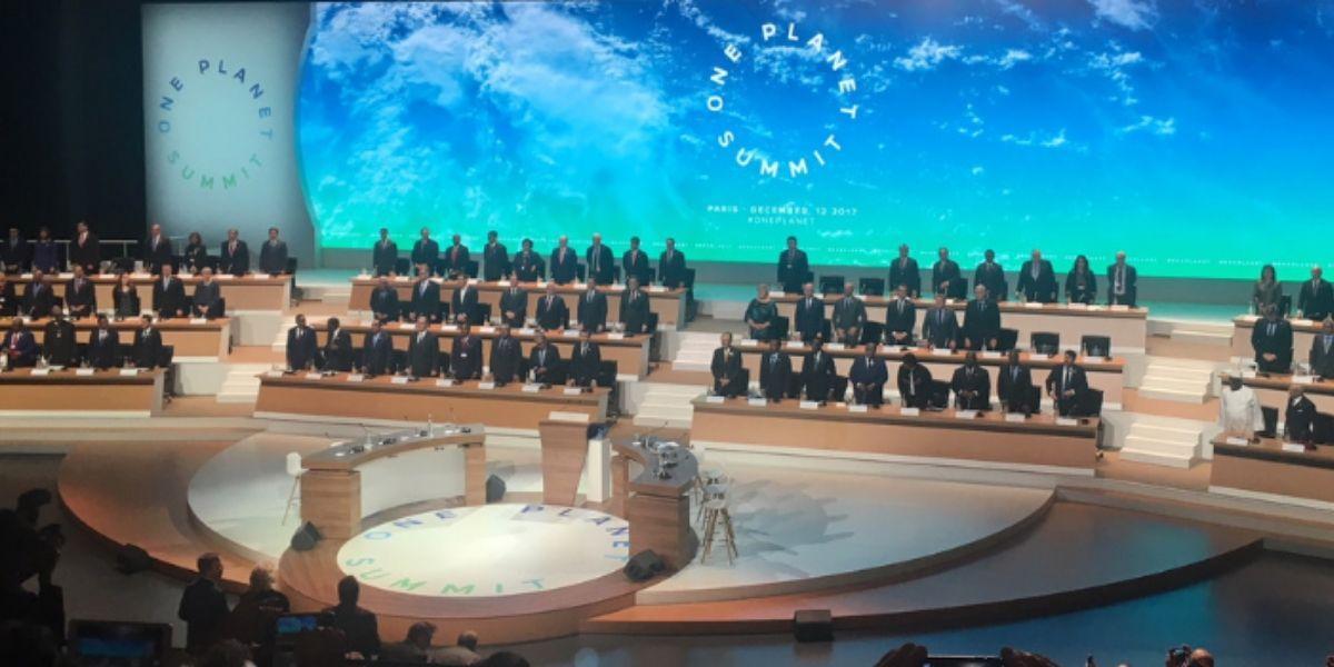 """Photo de Macron annonce un """"One Planet Summit"""" en janvier 2021"""